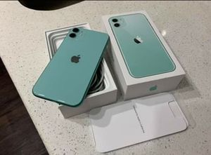 iPhone 11 64GB Green-READ DESCRIPTION for Sale in Jackson, MS
