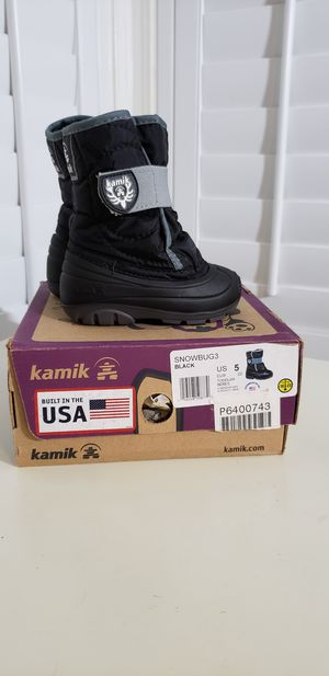 Kamik toddler snow boots. size toddler 5. $15 for Sale in Bellflower, CA