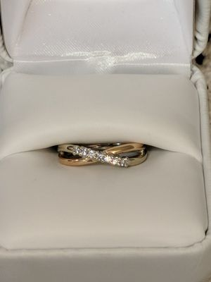 Diamond and Gold Swirl Ring for Sale in Leesburg, VA