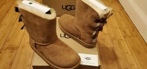 UGG Boots with 2 Bows in the back size 7 and 8 for women . for Sale in Lynwood, CA