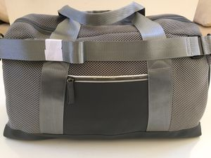 Brand New Gray Duffle / Gym Bag for Sale in City of Industry, CA