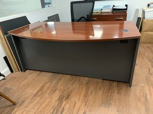 Modular desk system - u-shaped desk, file cabinet, two shelf towers for Sale in Miami, FL