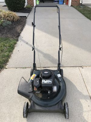 BRIGGS & STRATTTON gas lawn mower for Sale in Aldie, VA