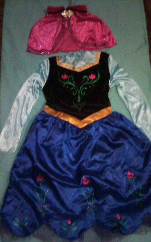 HALLOWEEN Ana from frozen costume size 7-8 for Sale in New Haven, CT