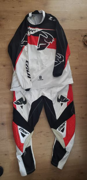 Thor Dirt bike gear for Sale in West Puente Valley, CA