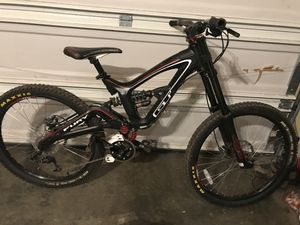 Downhill Mountain Bike for Sale in Edmonds, WA