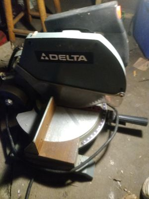 Delta miter saw for Sale in Le Roy, IA
