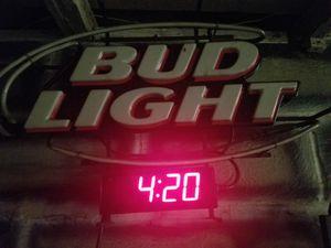 Bud Light Fluorescent (chipped) for Sale in Kansas City, KS