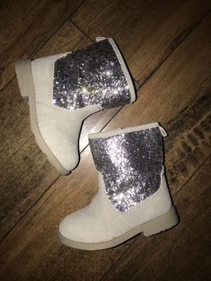 Baby girl size 6 carter's for Sale in Irving, TX
