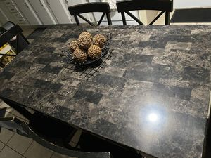 Dining Table for Sale in Broken Arrow, OK