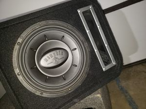 """Memphis 10"""" ported box for Sale in Victorville, CA"""