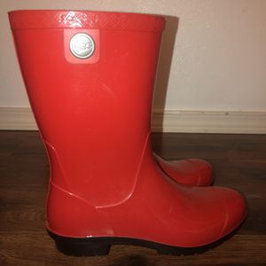 UGG Rain boots for Sale in Lake Stevens, WA
