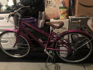 Woman's Schwinn Bike for Sale in Las Vegas, NV