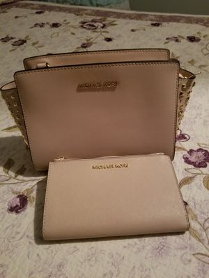 Mk purse set for Sale in Glendale, AZ