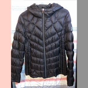 Michael Kors Puffer Jacket for Sale in Staten Island, NY