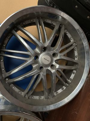 20' Crome Rims Complete Set for Sale in Davenport, IA