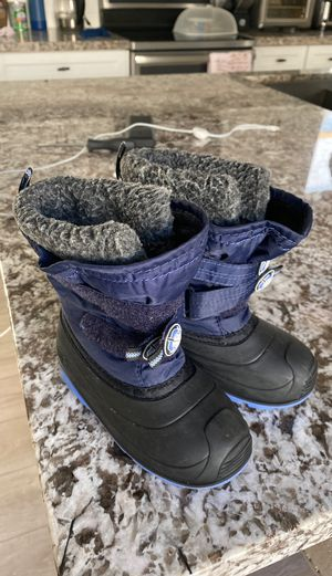 Kamik size 10 snow boots kids toddler winter for Sale in Carson, CA