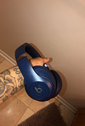 Beats wireless studio 3 (Navy Blue) for Sale in Columbia, MD