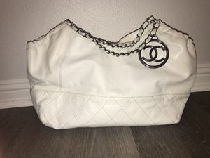Chanel bag for Sale in Aliso Viejo, CA