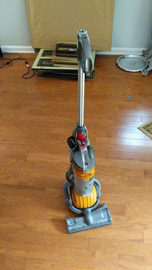 Dyson Rollerball Vacuum for Sale in Marlboro Township, NJ