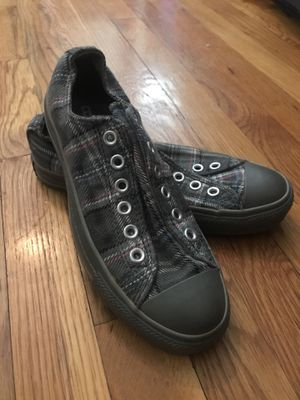 Never been worn converse 6.5 women / 4.5 men for Sale in Jersey City, NJ