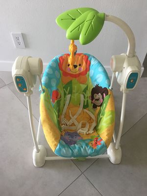 Swing and vibrant chair for Sale in Aventura, FL