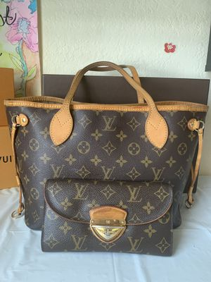 Authentic Louis Vuitton Mono. Neverfull PM Set for Sale in Tampa, FL