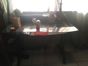 Glass table 30$, All pictures & Paintings for 50$, mirror for 20$ for Sale in Miami, FL