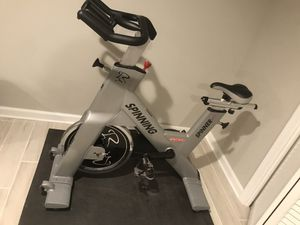 Spinner Star Trac Spinning Cycle bike ! Great condition for Sale in MARTINS ADD, MD