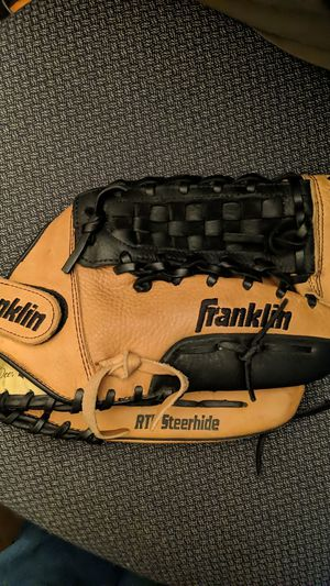 Baseball Glove Franklin for Sale in Upland, CA
