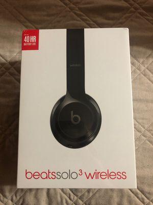 Beats Solo 3 Wireless for Sale in Huntington Park, CA
