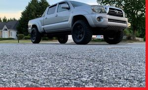 Fully Loaded 2009 Toyota Tacoma 4WDWheels for Sale in Dayton, OH
