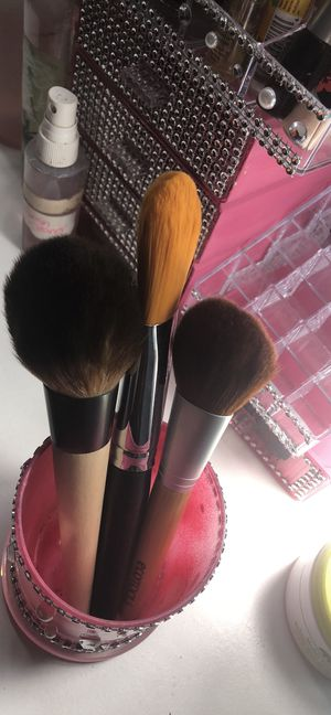 4 piece makeup bundle deal three brushes with glass makeup brush holder custom made for Sale in Philadelphia, PA