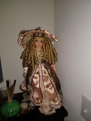 Antique dolls $14 each or $80 for all 7 dolls for Sale in Orange Cove, CA