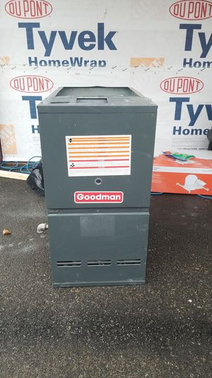 Goodman Downwdraft 80k BTU Furnace 1 Year old!!! for Sale in Beverly, NJ