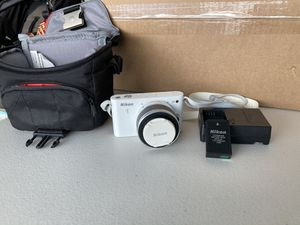 Nikon camera barely used for Sale in San Diego, CA