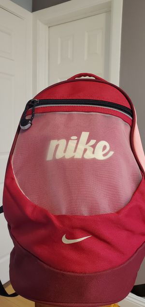 Gently Used Pink Burgundy Red Black Small Nike Backpack $17.00 for Sale in Gardena, CA
