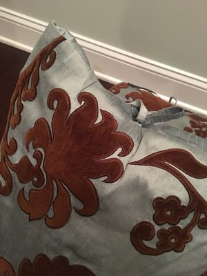 Silk Dupioni Throw Pillows (2) for Sale in Arlington, VA
