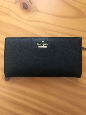 Kate spade wallet for Sale in Norco, CA