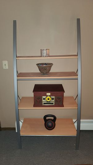 Shelf for Sale in Elgin, IL