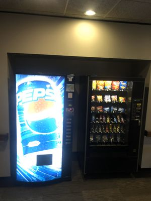 Snack Vending Machine for Sale in Lansing, IL