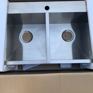 """AKDY 32"""" x 18"""" Double Bowl Drop In Kitchen Sink. for Sale in Ontario, CA"""