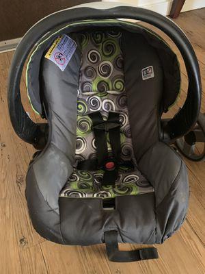 Evenflo Car seat stroller combo and base for Sale in Salt Lake City, UT
