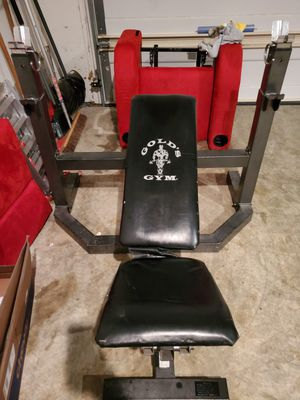 Golds Gym equipment for Sale in UPPR MARLBORO, MD