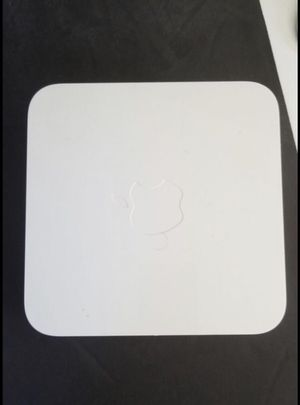 Router - Apple AirPort Extreme and AirPort Express for Sale in Natick, MA
