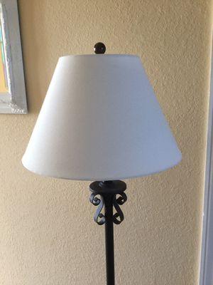 Beautiful Floor Lamp for Sale in Estero, FL