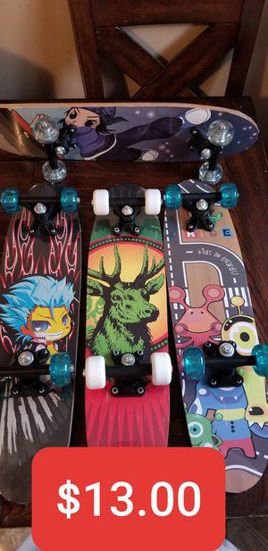 New Kids Wood Skateboard 24in 2ft , Patinetas Nuevas de Madera para niños de 24in for Sale in South Gate, CA