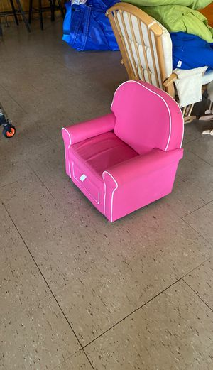 Small kids chair for Sale in Trumbull, CT