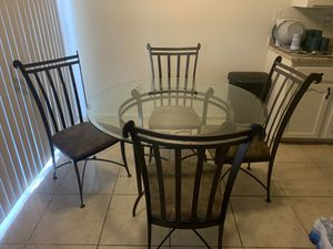 Kitchen table for Sale in San Jacinto, CA