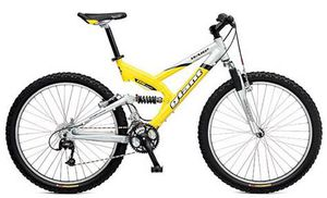 2004 Giant Bicycle Mountain bike for Sale in Russellville, KY